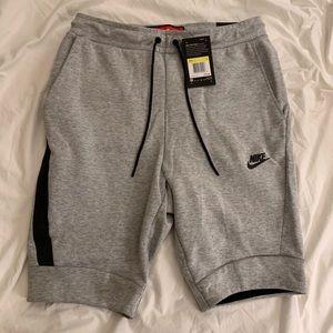 Men's Nike Tech Sportswear Shorts